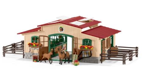 Schleich Stall med hästar och tillbehör